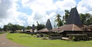 Rumah atap seng Kabondok